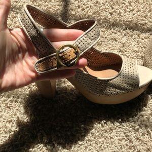 Lucky Brand Shoes - Lucky brand heels